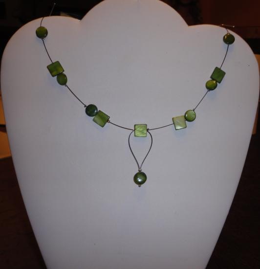 Collier fil câblé, perles fantaisie/mariage/soirée ou tous les jours