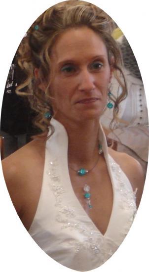 Collier mariage perles craquelées bleu et cristal