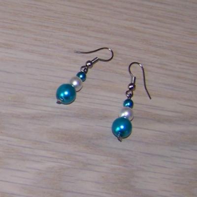 Boucles d'oreilles mariage blanches bleues