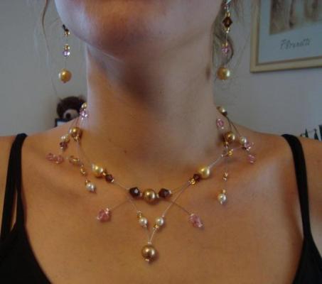 Collier mariage moderne perles nacrées couleur tons dorés topaze