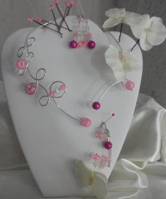 Collier mariage fil alu perles roses cristal et orchidée
