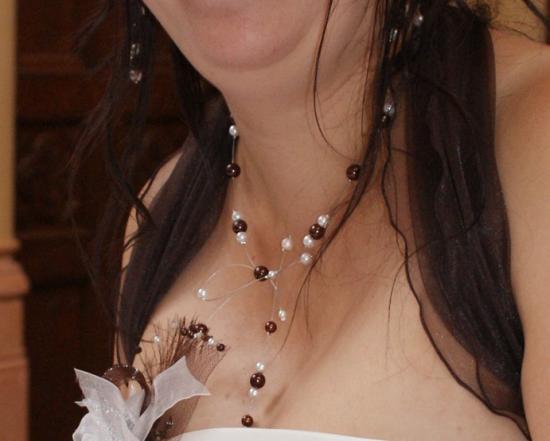 Collier mariage chocolat et ivoire