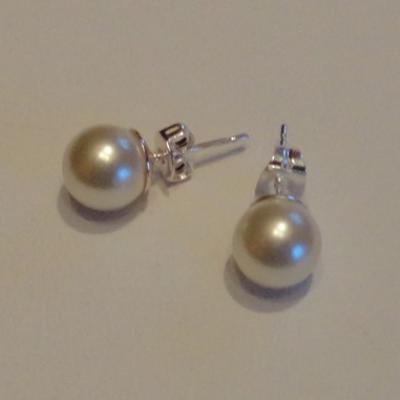 bijoux mariage, boucles d'oreilles perles nacrées clous