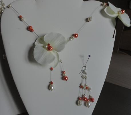 collier mariage fil câble, orchidée perles corail