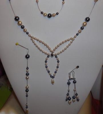 Collier mariage perles nacrées ivoire et gris