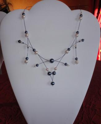 Collier mariage perles couleur anthracite et blanche