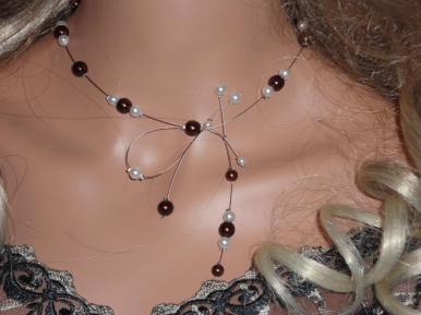 Collier mariage perles nacrées bordeaux