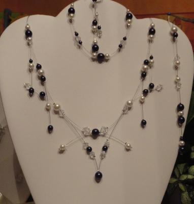 Collier mariage moderne perles nacrées couleur ivoire/noire