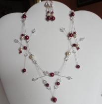 Collier mariage perles nacrées ivoire bordeaux toupies cristal