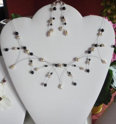 Collier mariage perles nacrées noires /ivoire