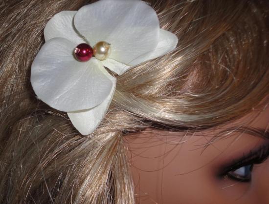 Pic cheveux mariage orchidée