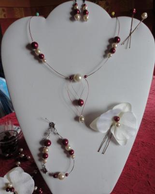 Parure mariage, Collier orchidée perles bordeaux ivoire, bracelet, pics cheveux