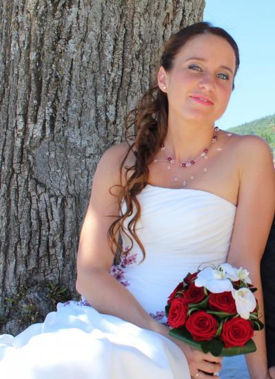 Collier mariage bordeaux cristal